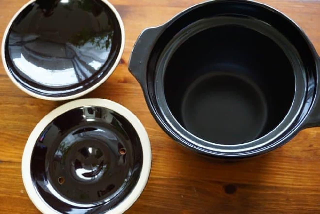 ニトリの「炊飯土鍋 3合炊き」