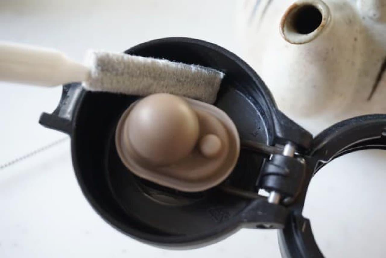 ダイソー「スキマの達人」掃除ブラシ
