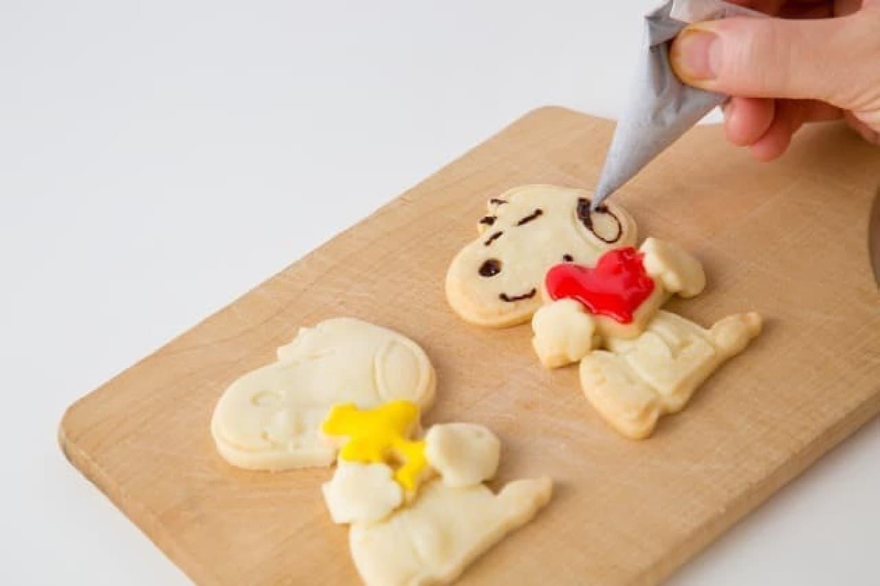 SNOOPYのぎゅっとハグクッキーBOOK