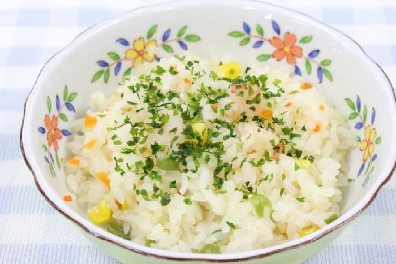 余った青海苔・アオサをフライドポテトや6Pチーズ、海老ピラフなどで洋風アレンジ