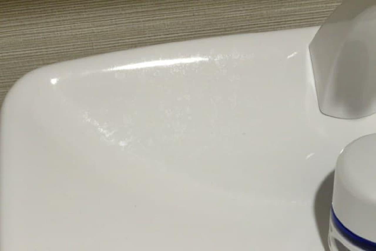 水アカを落とすのに役立つ100均の掃除グッズ
