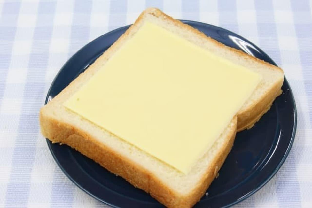 Q・B・Bの大きいスライスチーズと大きいとろけるスライス