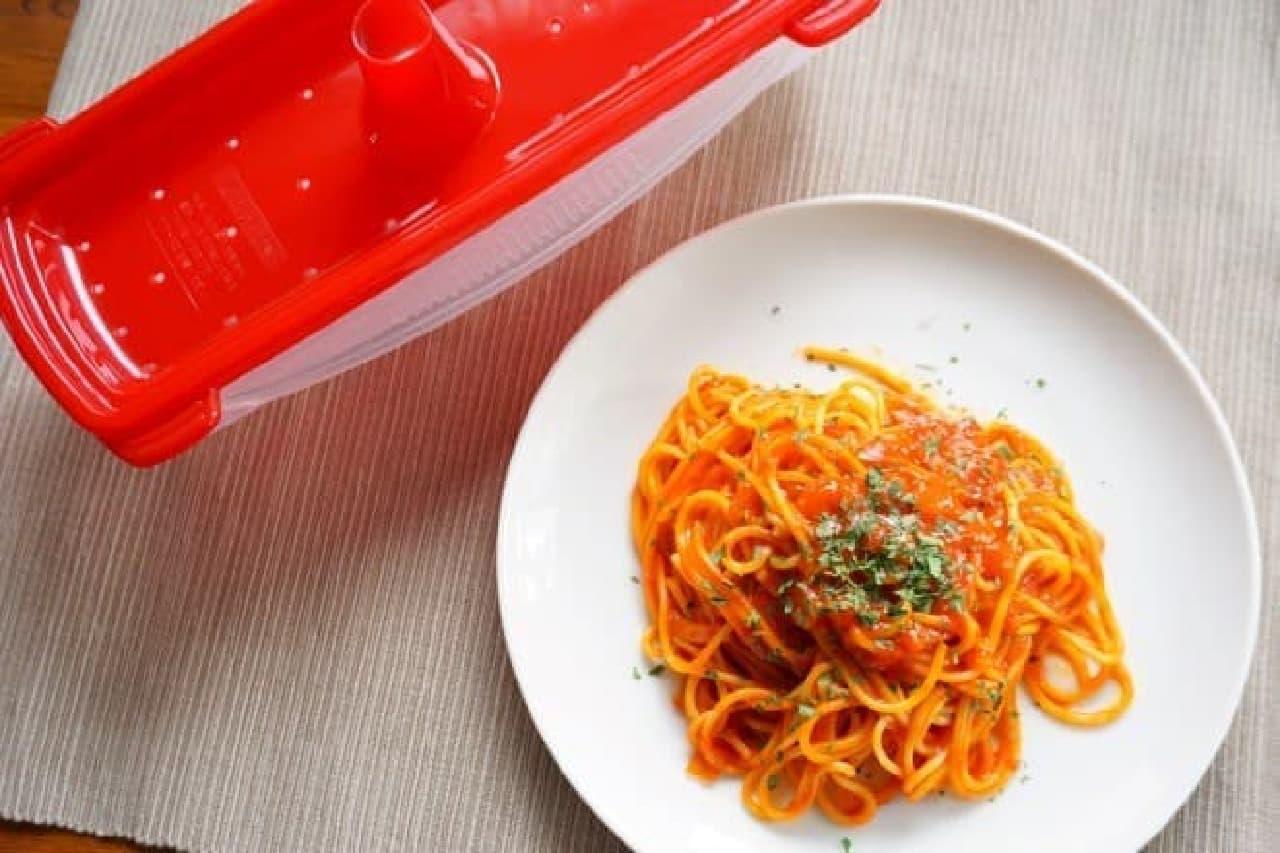 麺やお米、卵の調理に役立つ電子レンジ調理器具