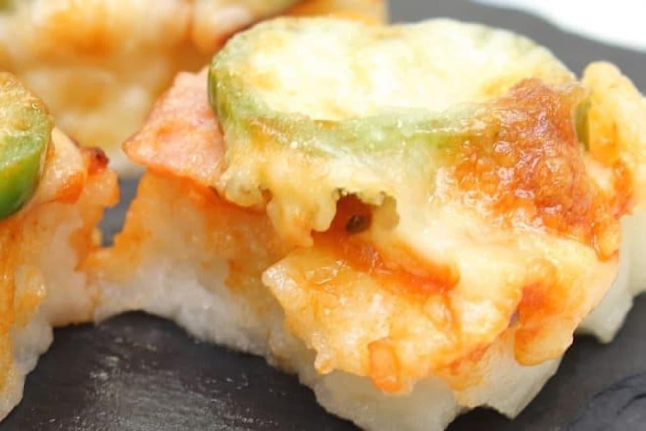 オーブントースターで作る簡単なお餅のピザ