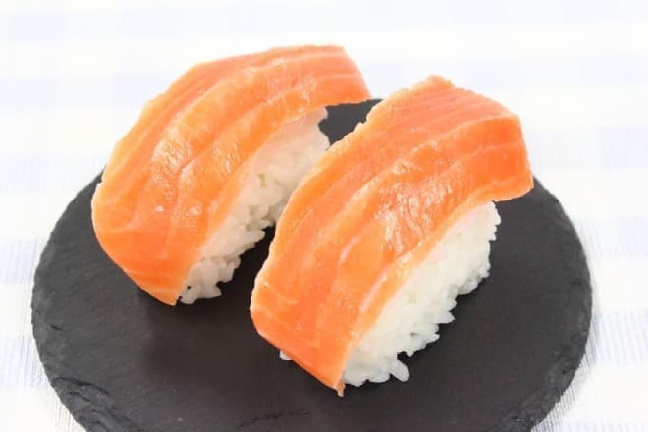 お寿司を簡単に作れる型「寿司しゃもじポン!」
