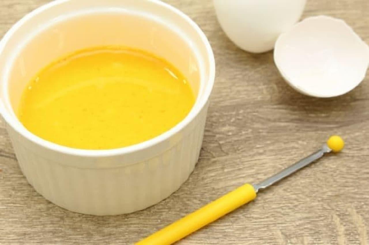 卵の黄身と白身をしっかり混ぜ合わせる道具「まぜ卵」