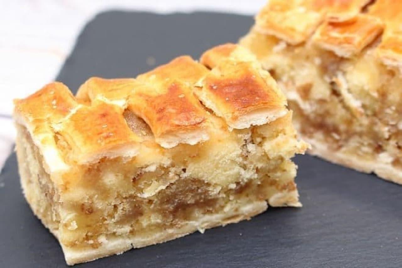 山パンのまるごとバナナ、シューロールケーキ、ロールちゃん、北海道チーズ蒸しケーキ、アップルパイなど