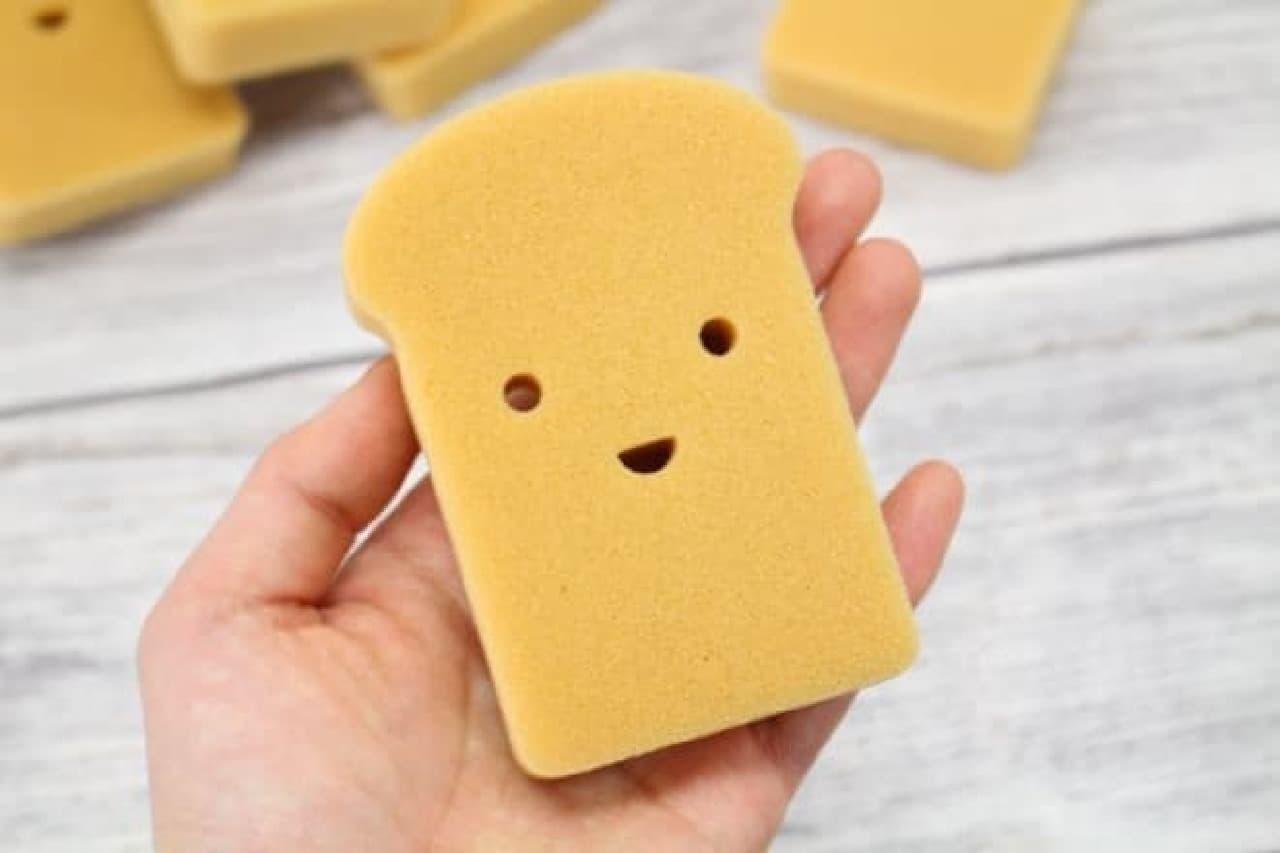 ダイソー「コゲ食パン キッチンスポンジ」