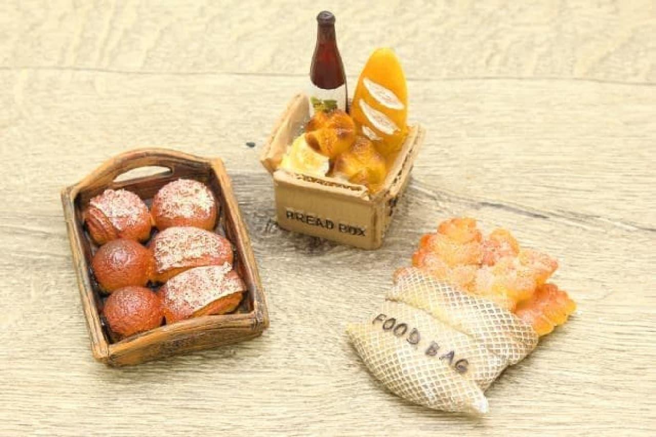 ダイソーのパン雑貨、菓子パン型マグネット