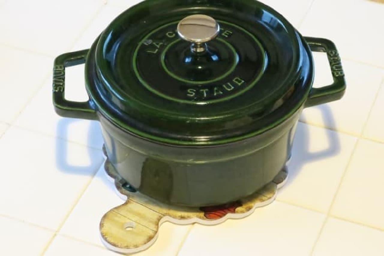 ダイソー 陶器のなべしき