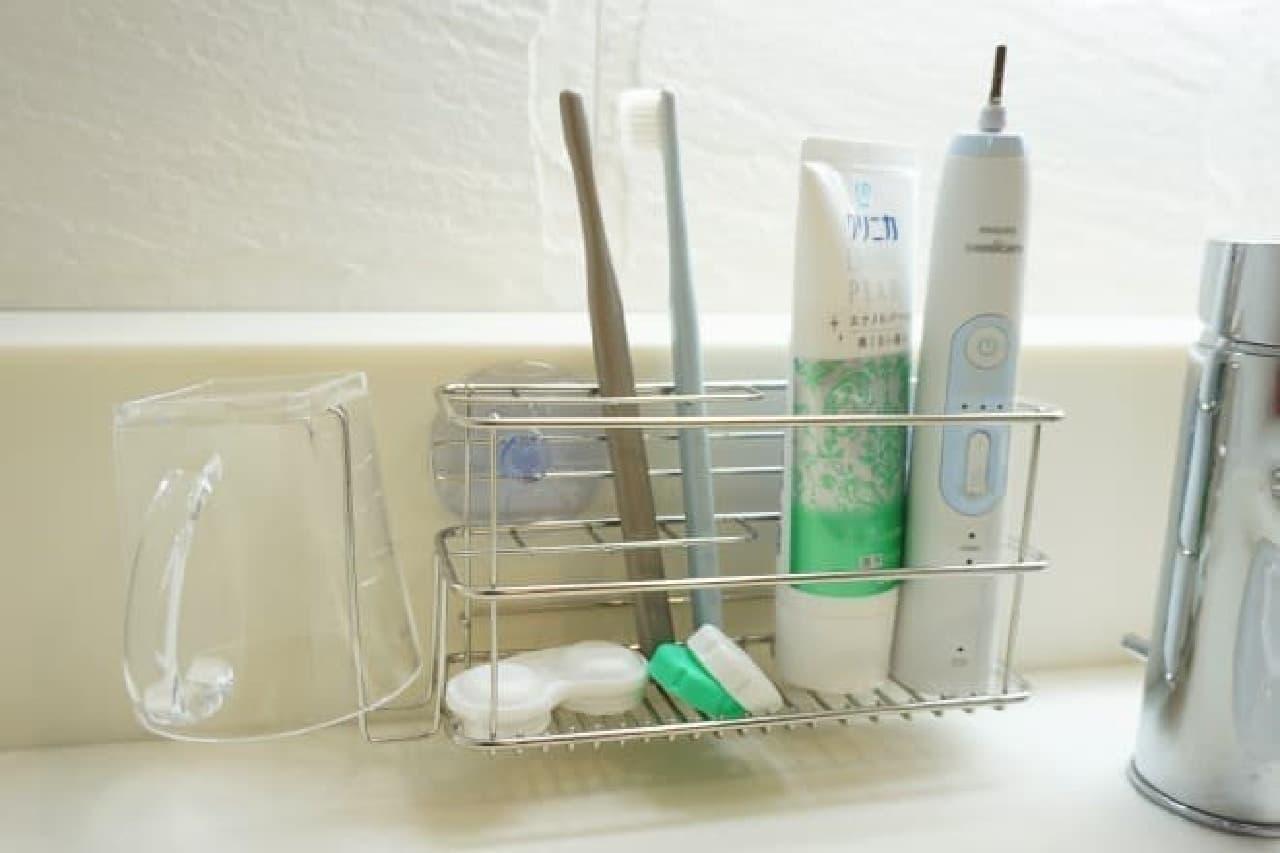 ニトリ「レック 歯ブラシホルダー」