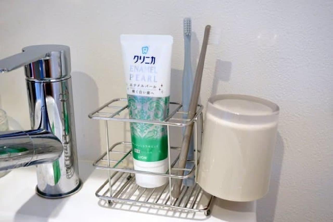 ニトリ「レック 歯ブラシスタンド」