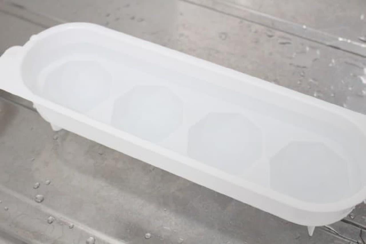 100均 ボール氷 セリア