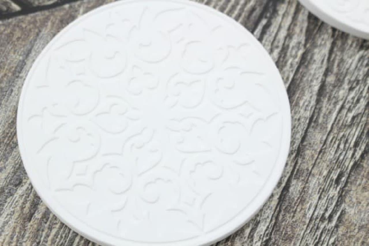 キャンドゥ 珪藻土デザインコースター