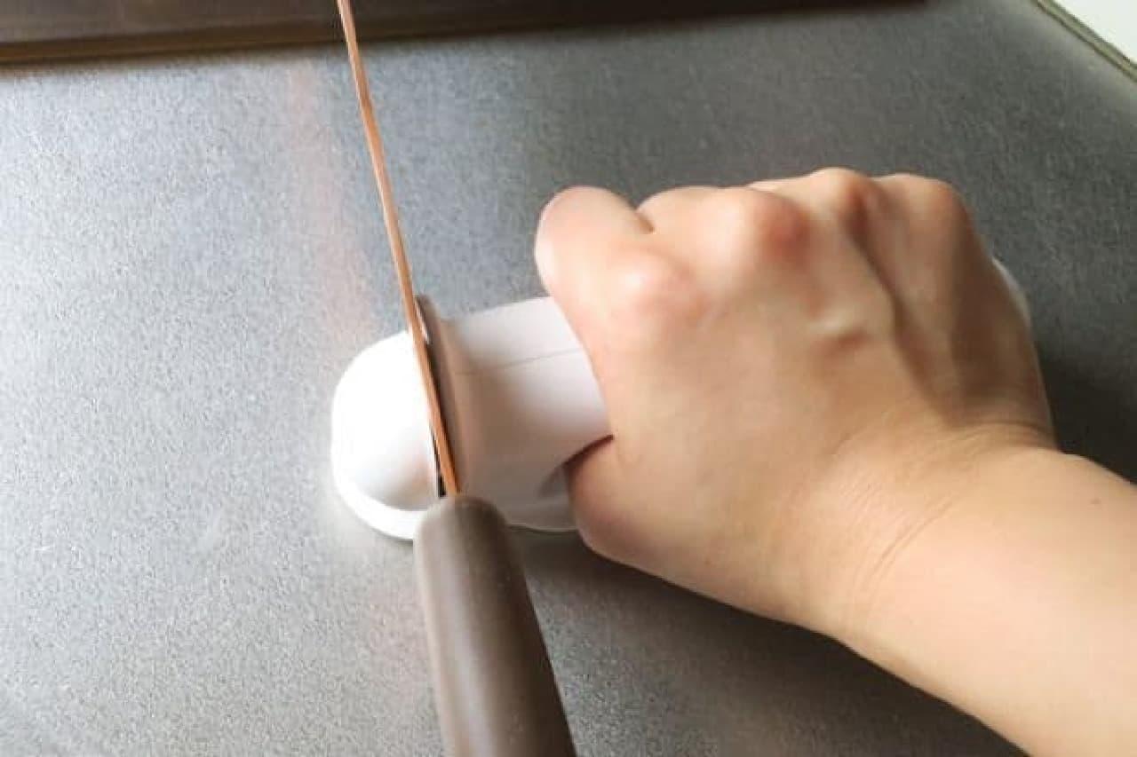 波刃が研げるシャープナー