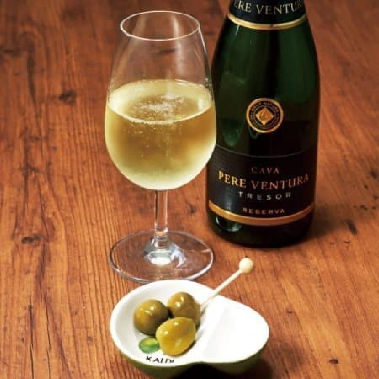 カルディコーヒーファーム「スパークリングワイン&オリーブ皿セット」