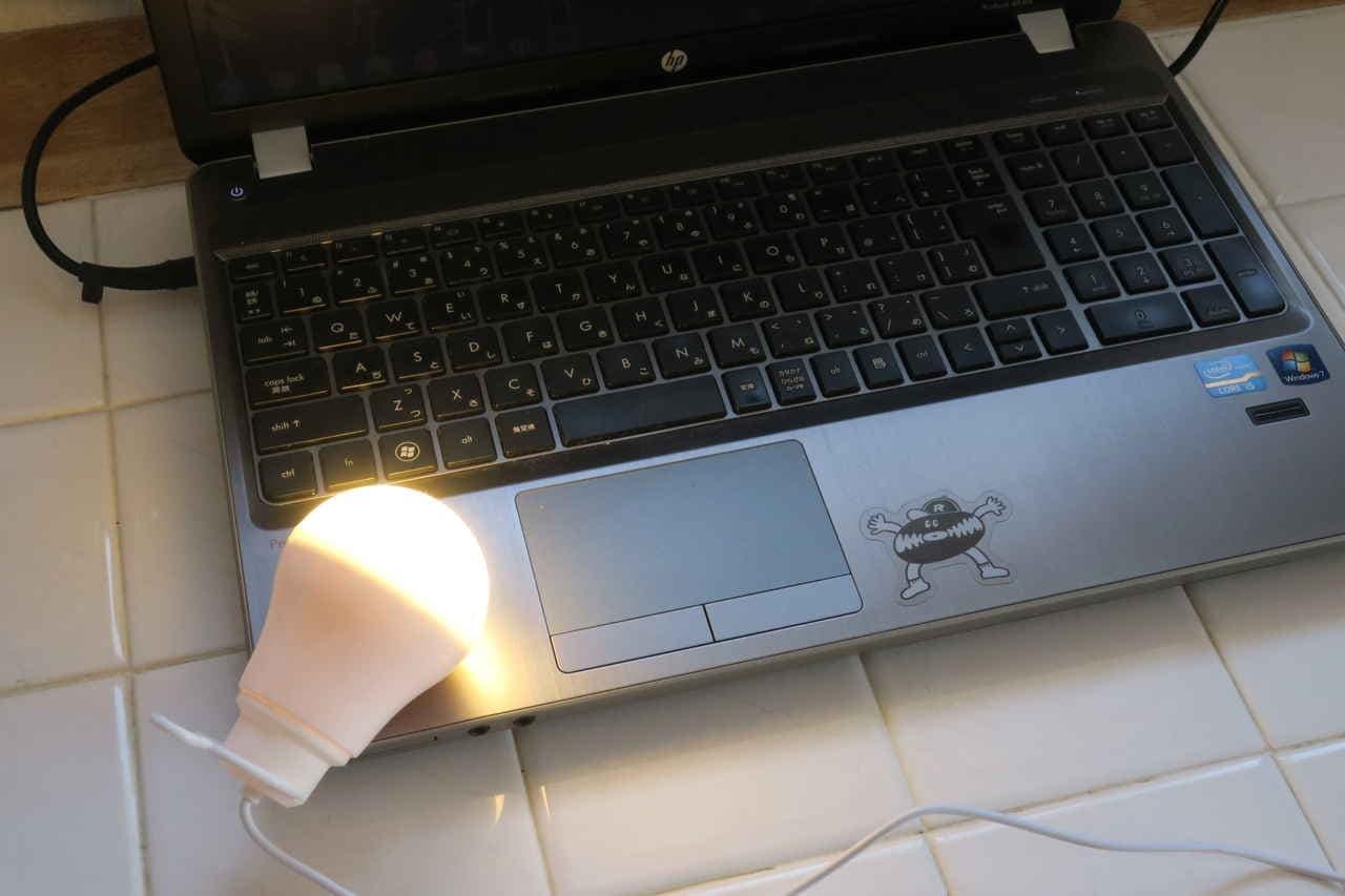 ダイソー電球型LEDライト