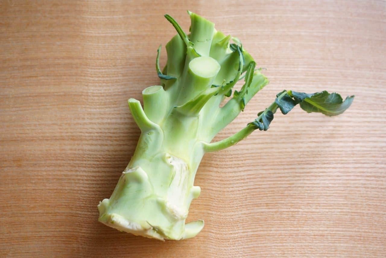 ブロッコリーの茎ザーサイ