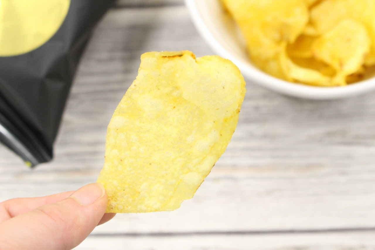 目玉焼き味 ポテトチップス キジョー フライドエッグ
