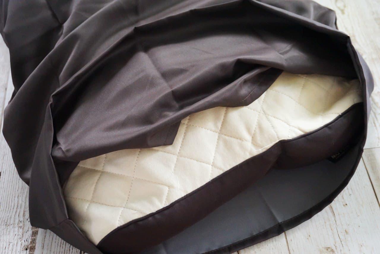 ユニクロ「エアリズム枕カバー」