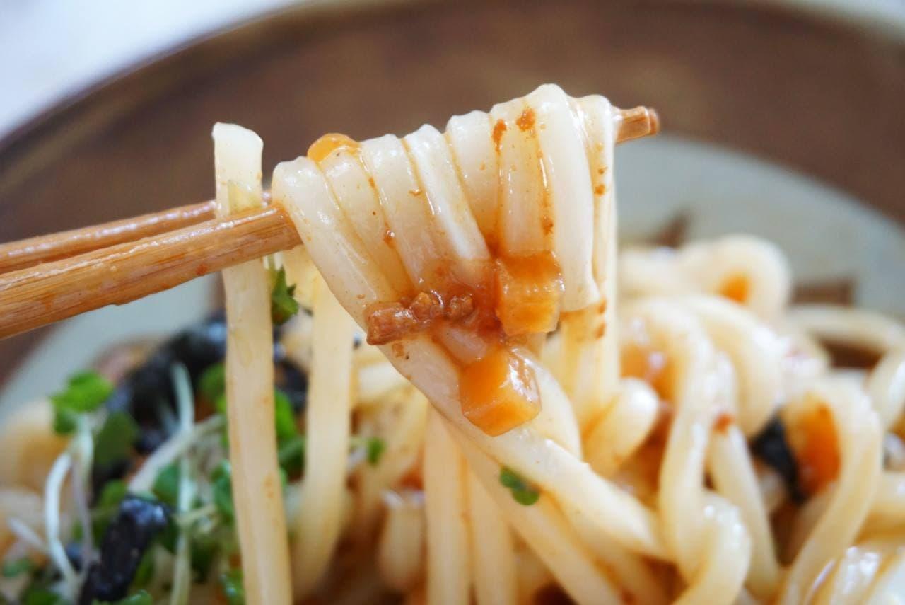 丸美屋 かけうま麺用ソース 魚介醤油まぜ麺の素