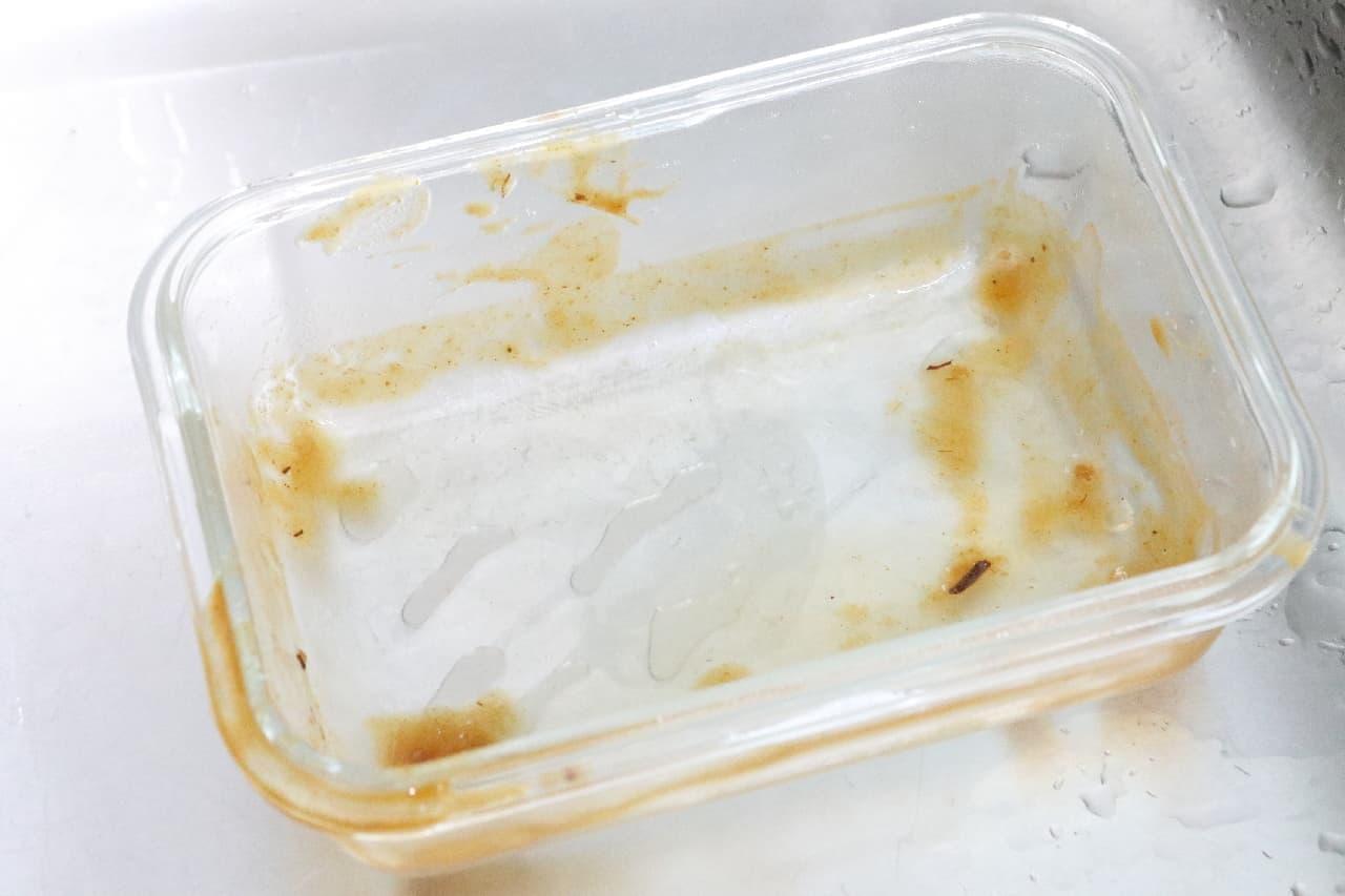 色やにおい移りを防止!カレーの保存に便利な容器3つ--ラップや牛乳パックを活用、洗い物もラクに