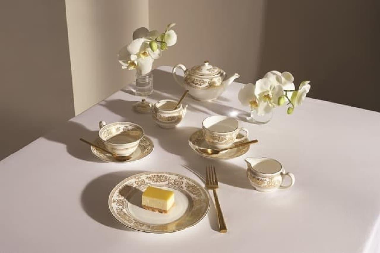 英国王室御用達ブランド「ウェッジウッド」から、創業260周年を記念したテーブルウェア「コロンビア ゴールド」