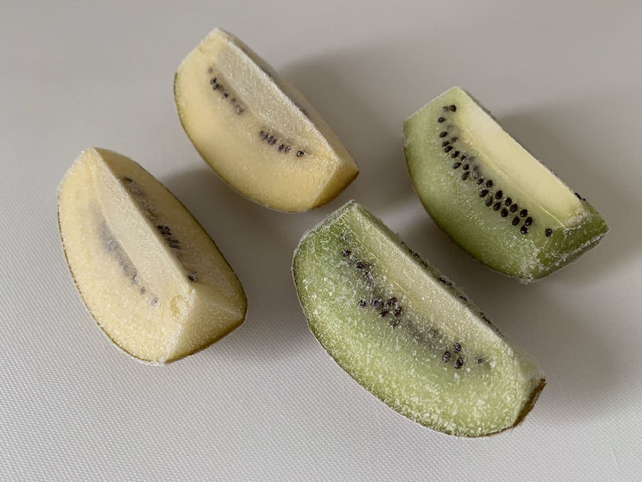 キウイの冷凍保存は皮むきが便利