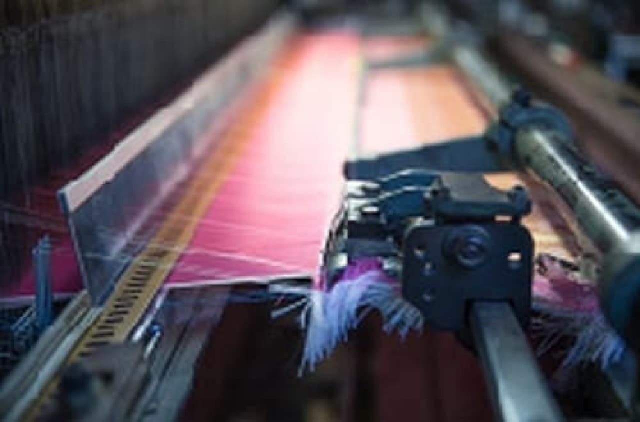 織物を織るための機械