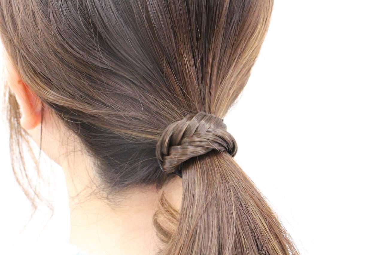 ノットアクセ「フィッシュボーン」で結んだ髪