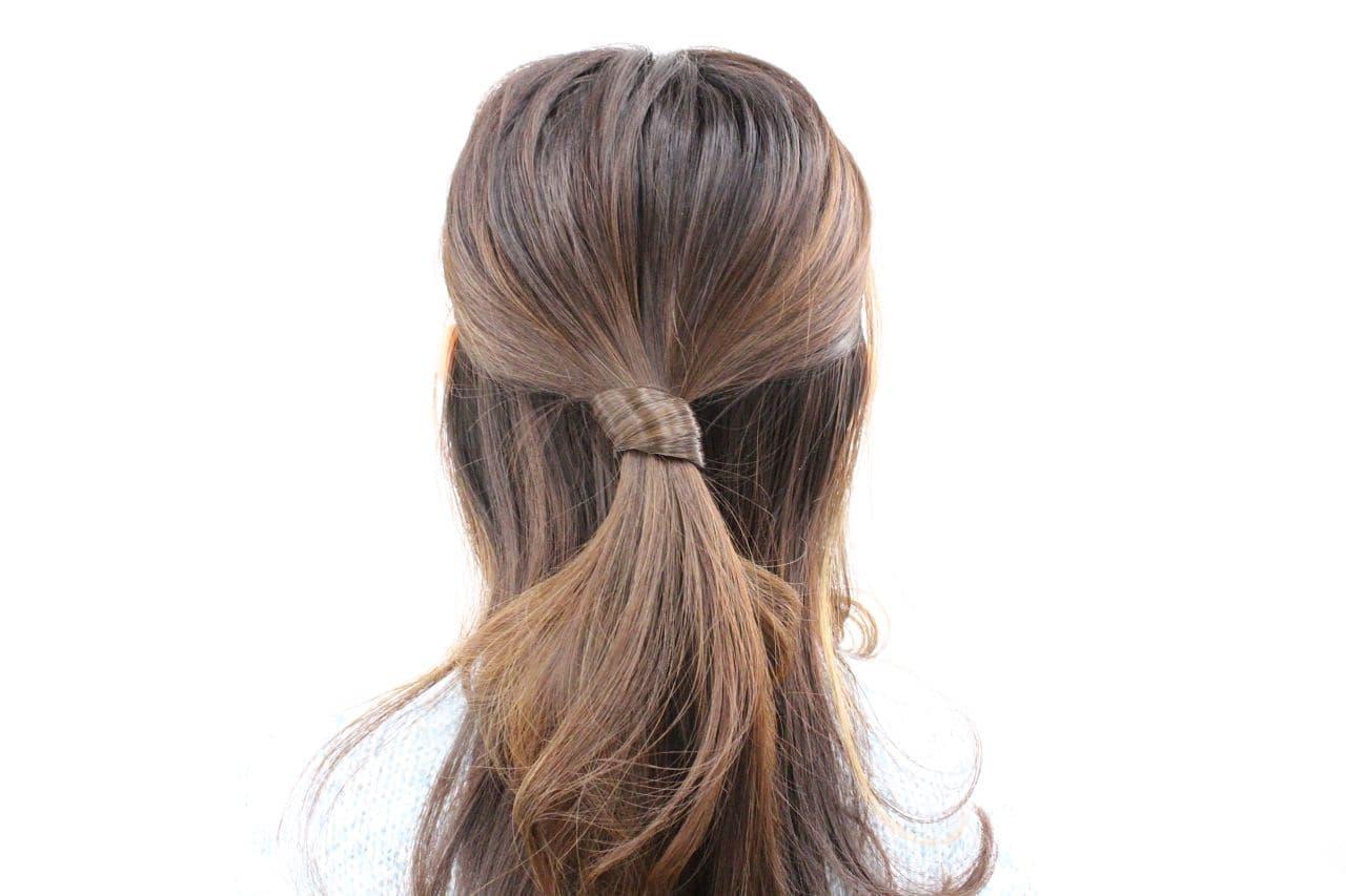 ノットアクセ「ねじり」で結んだ髪