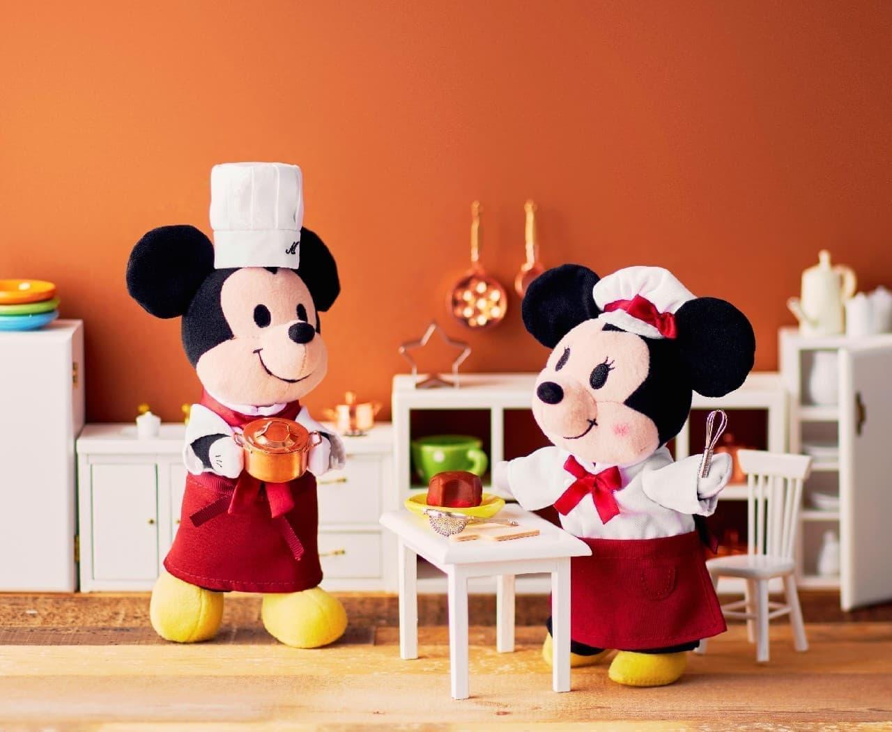 ディズニーのバレンタイン向け雑貨やぬいぐるみ--「パティスリー キハチ」とコラボしたスイーツも