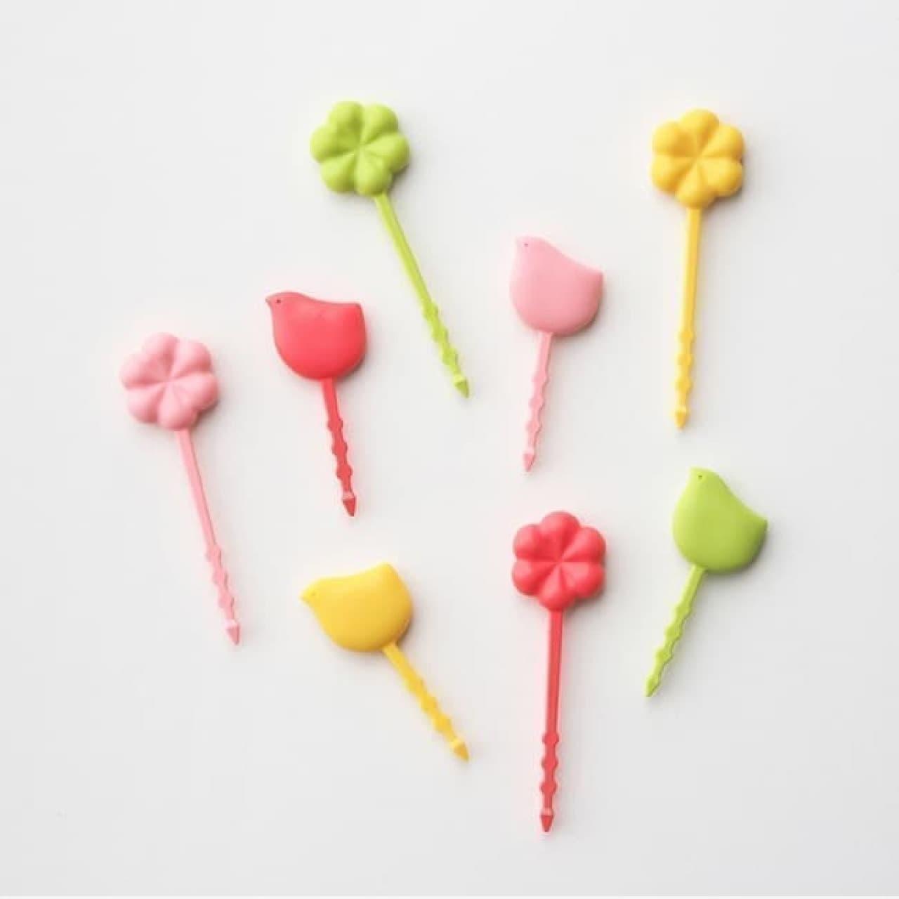 大人女子の弁当を彩る「おかずピック」と「つまようじキャップ」--鳥や花のモチーフで可愛さと食べやすさをアップ