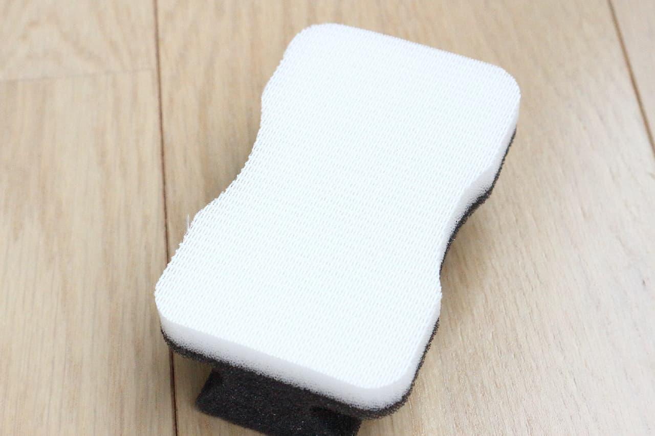 100均「網戸用お掃除クロス」で簡単に網戸掃除♪ 極細のブラシ&スポンジも便利