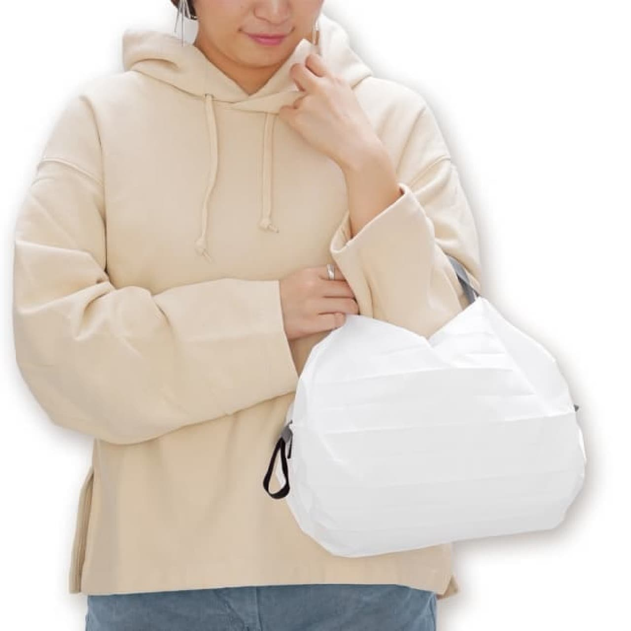 持ち運びやすさで人気のエコバッグShupatto(シュパット)