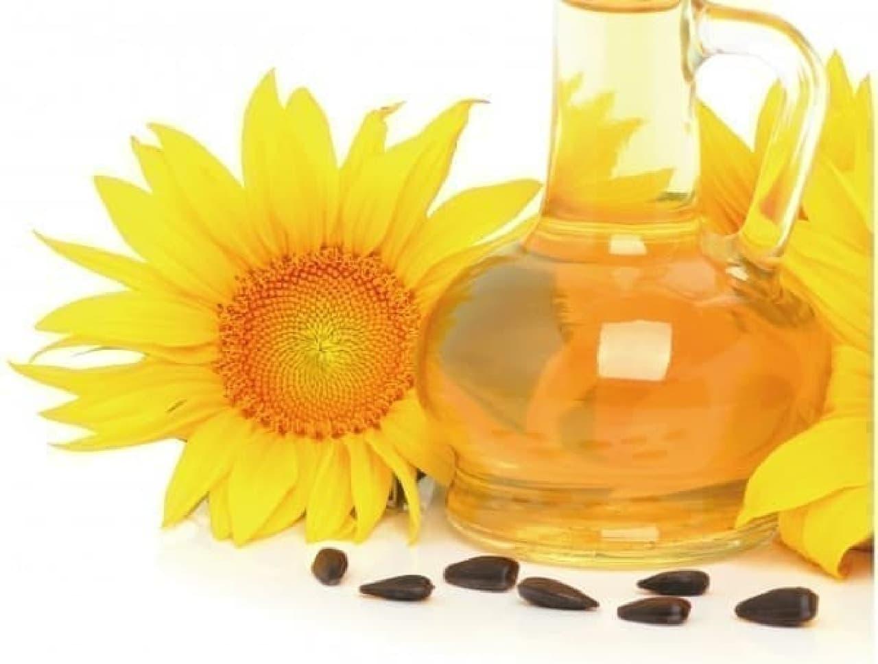 ヒマワリとヒマワリ種子油