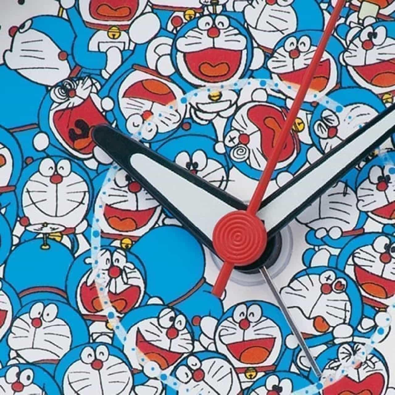 「ドラえもん」50周年記念の目覚まし時計がセイコークロックから