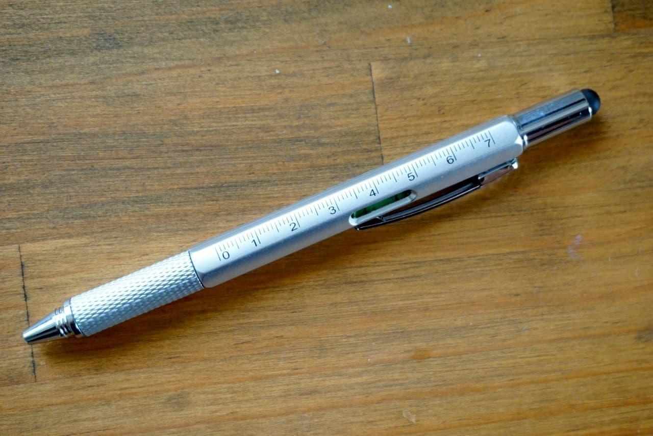 ダイソーの「多機能マルチペン」