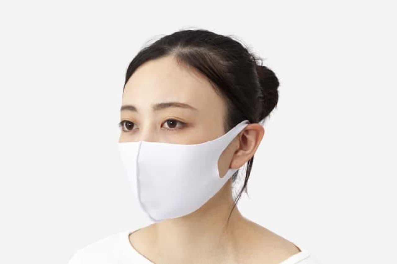 KEYUCA「接触冷感ひんやりクールマスク」