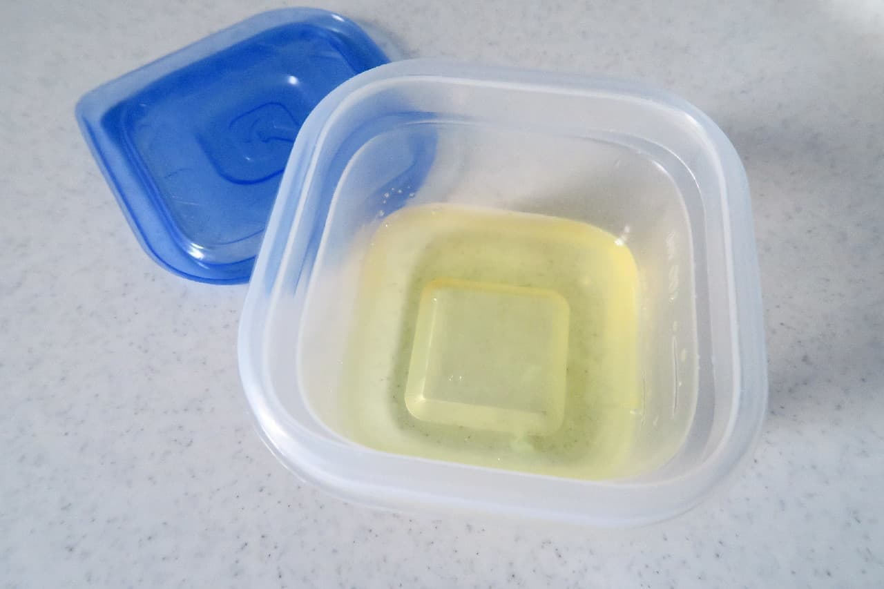 お菓子作りの余りをムダなく!卵白の冷凍保存法 -- 自然解凍でいろんな料理に