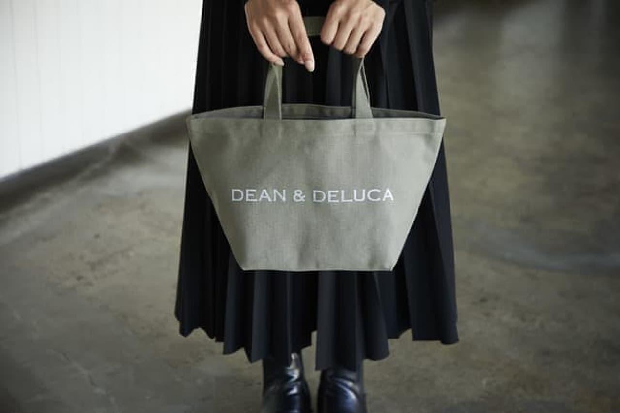 DEAN & DELUCAからチャリティートートバッグ