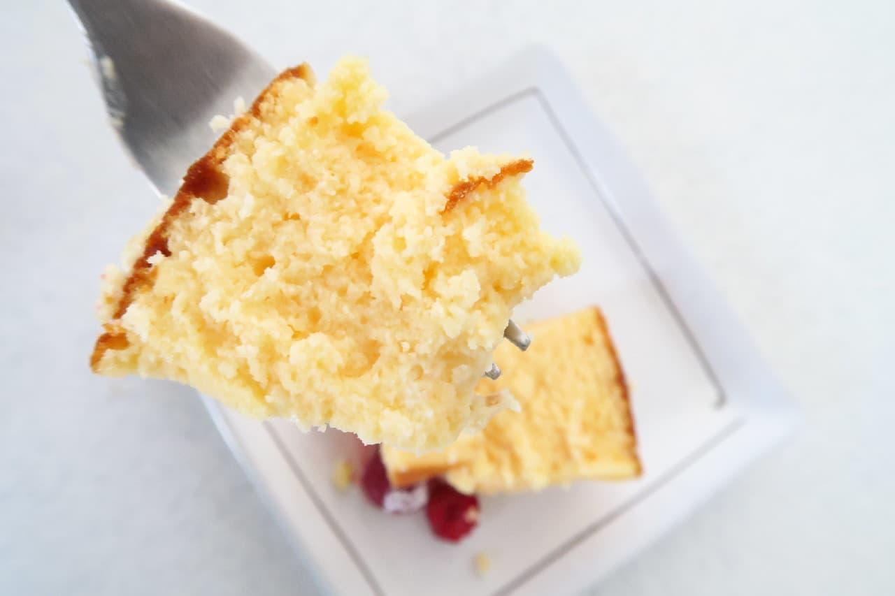 【レシピ】ホワイトチョコのチーズケーキ -- ベリーをたっぷり添えて