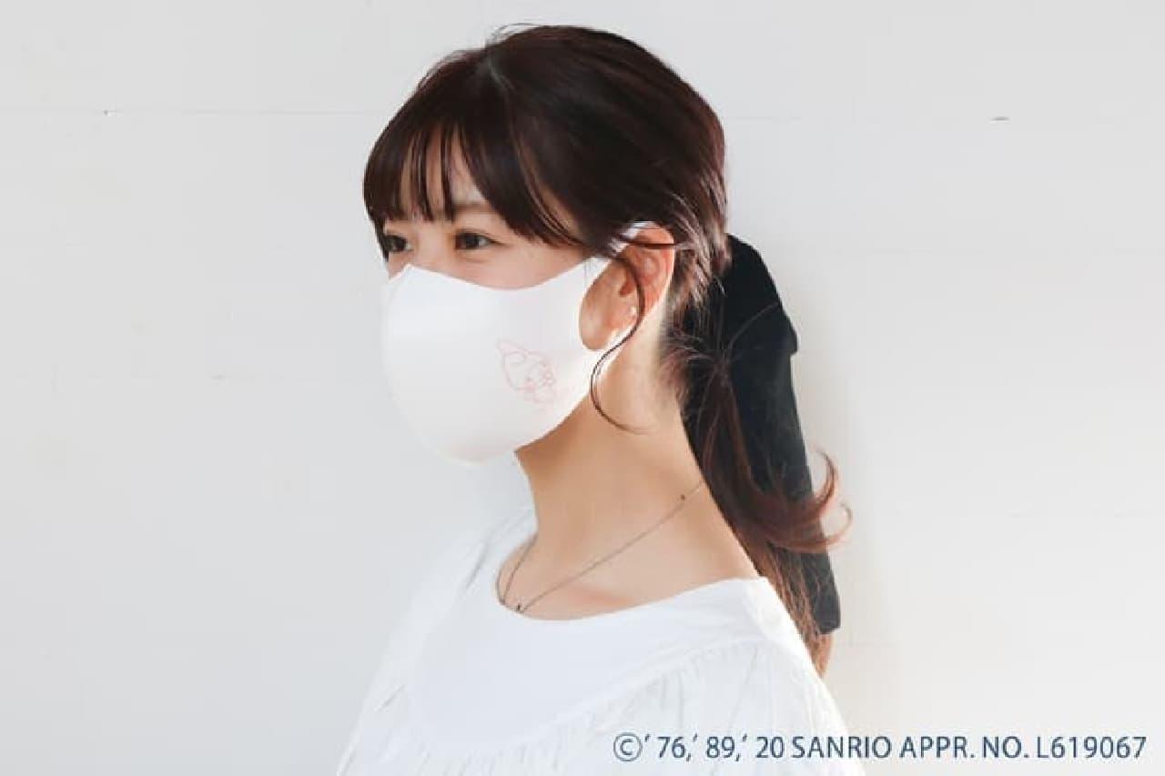 サンリオキャラクターズ「オリジナルマスク&抗菌ポーチセット」