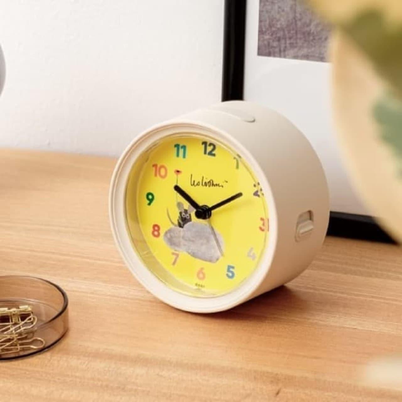 「はらぺこあおむし」置時計がヴィレヴァンに -- レオ・レオニ「フレデリック」も