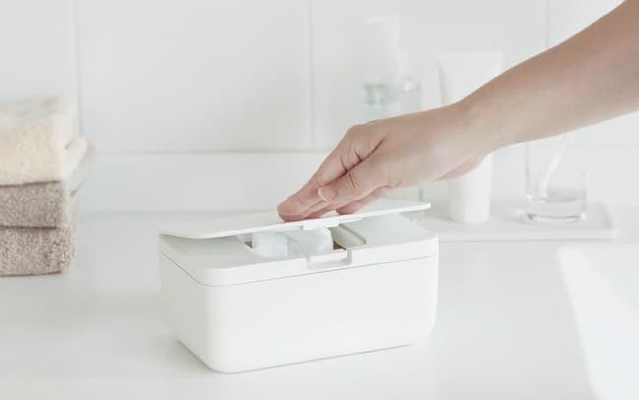 除菌シートの乾燥防止♪ マーナ新商品「シートケース」しっかり閉まる&さっと取り出せる