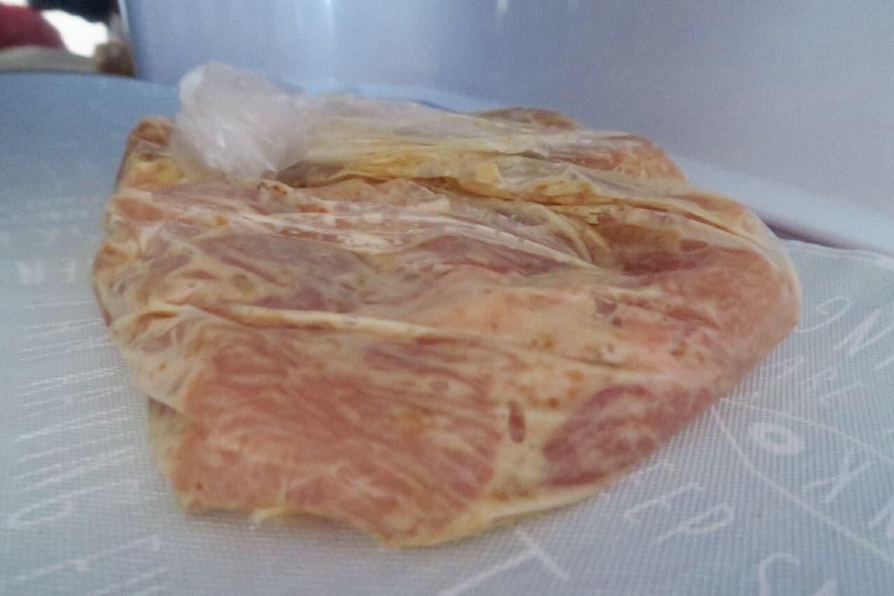 胸肉もしっとり♪ 鶏肉のごまドレッシング漬け -- 下味冷凍の簡単レシピ