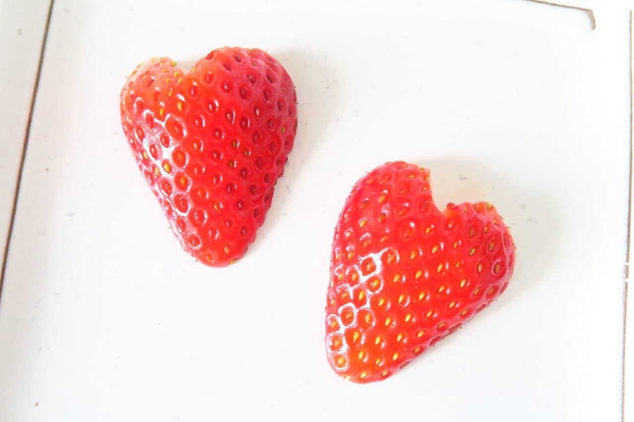 イチゴの飾り切り