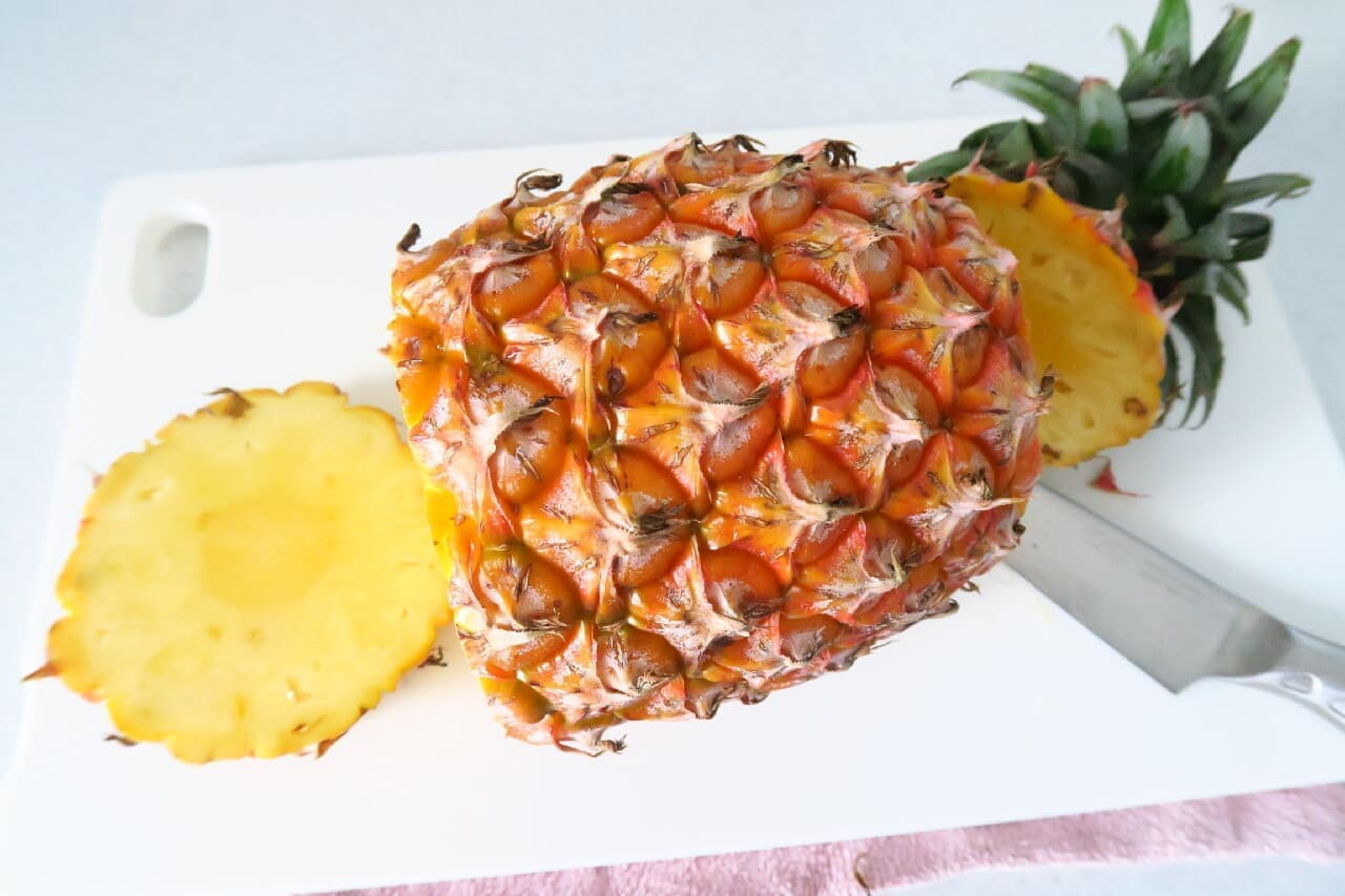 丸ごと1個♪ パイナップルボウルの作り方 -- 果肉を豪快に盛り付け