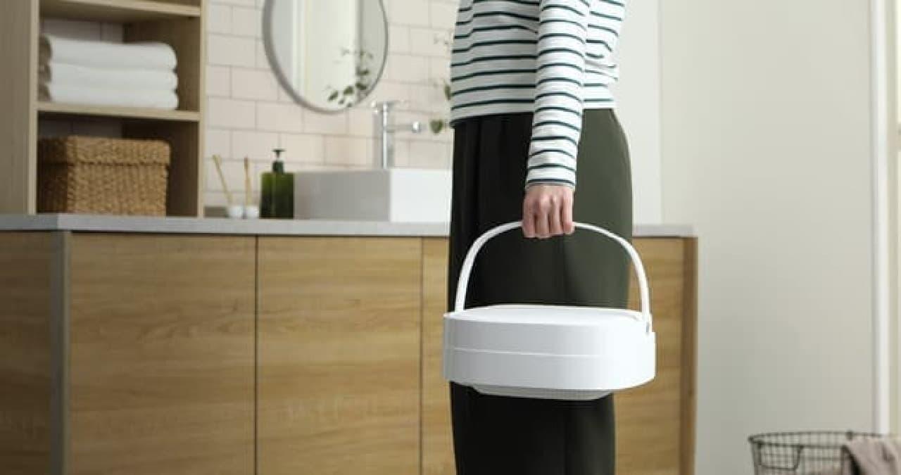 収納に便利な「折りたためる洗濯機」がドウシシャから