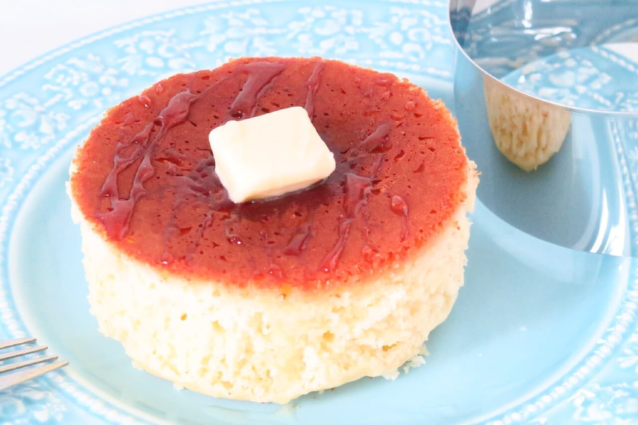 100均セルクル型で!厚焼きホットケーキのレシピ -- レトロな喫茶店風のおいしさ